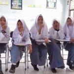 Viral Video Siswi Non Muslim SMKN 2 Padang Dipaksa Pakai Jilbab oleh Pihak Sekolah